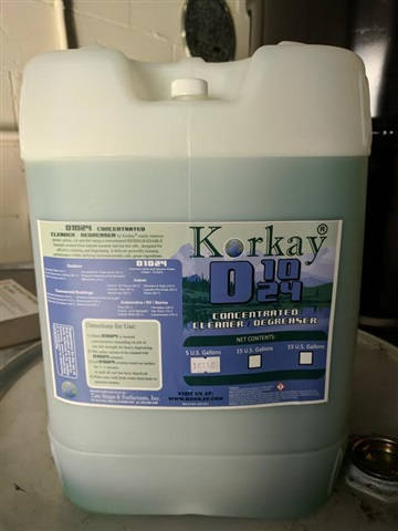 D1024 Biodegradable Cleaner / Degreaser 5 GALL